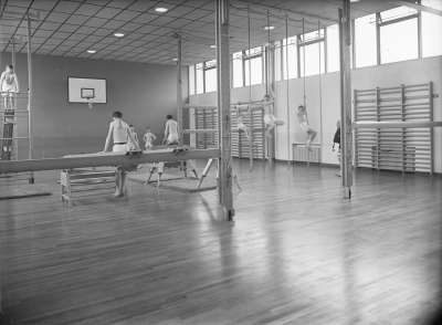Cromwell Secondary Modern School