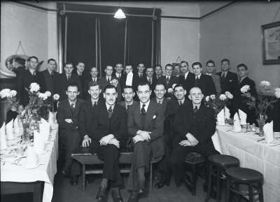 Group photograph, Men in Suits