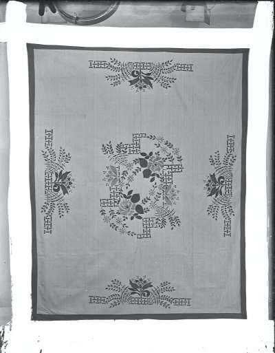Textile decorative cloth