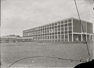 Salford Technical School,Building
