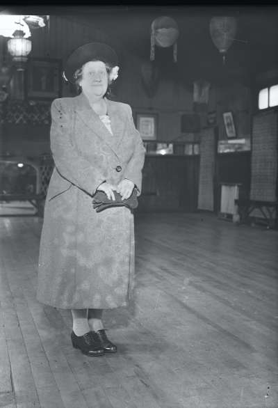 Finnigans, Portrait of a woman
