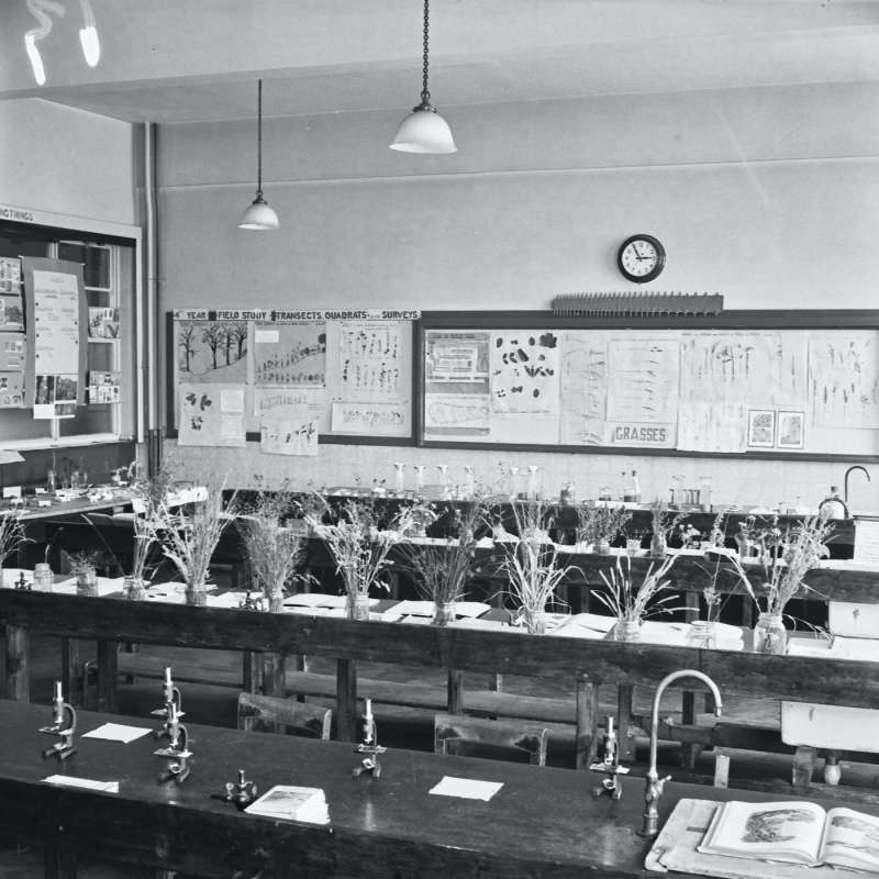 Broughton Modern Secondary School, science laboratory