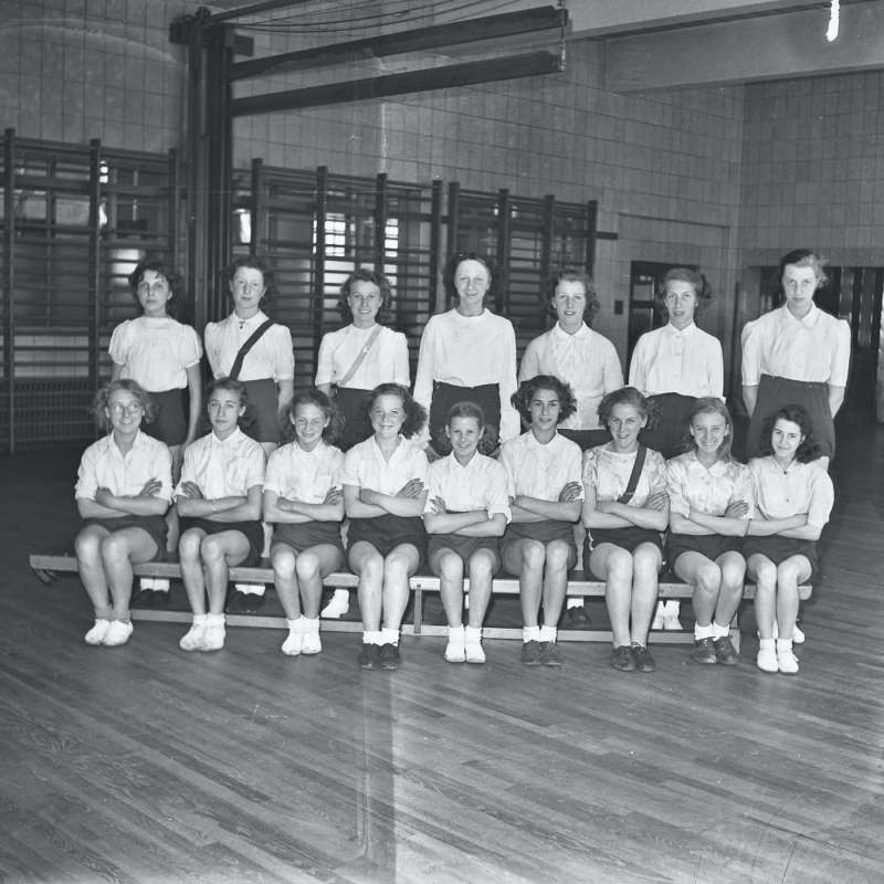 Broughton Modern Secondary School, School group portrait