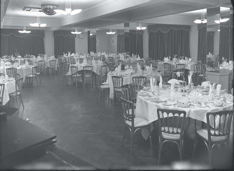 Lancastrian Dining Area