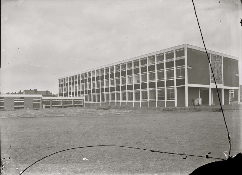 Salford Technical School,Building
