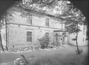Emanuel Raffles House, POMC01015